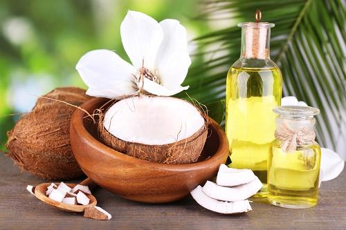 tinh dầu dừa dưỡng ẩm cho da khô hiệu quả