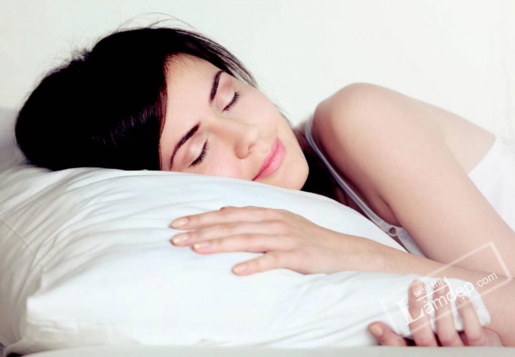 Ngủ đủ giấc giúp tăng chiều cao cho teen
