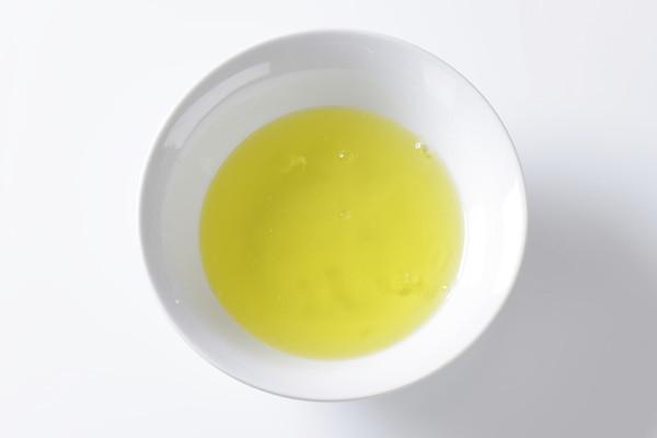 lòng trứng trắng gà