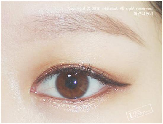 bat-mi-cac-kieu-ve-mat-eyeliner-dang-duoc-ua-chuong-nhat-hien-nay-2