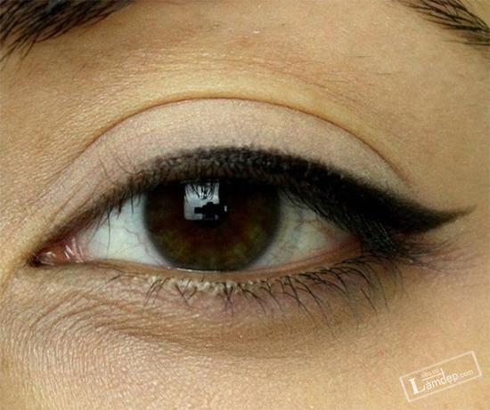 bat-mi-cac-kieu-ve-mat-eyeliner-dang-duoc-ua-chuong-nhat-hien-nay-4