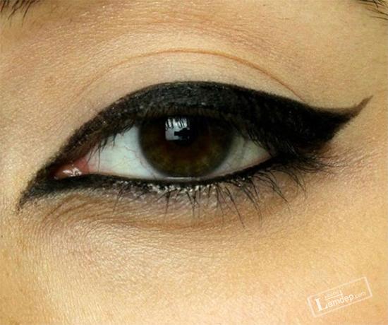 bat-mi-cac-kieu-ve-mat-eyeliner-dang-duoc-ua-chuong-nhat-hien-nay-7