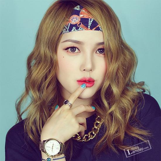 muon-trang-diem-dep-theo-dung-chuan-han-quoc-hay-theo-doi-5-co-nang-beauty-blogger-sau-2