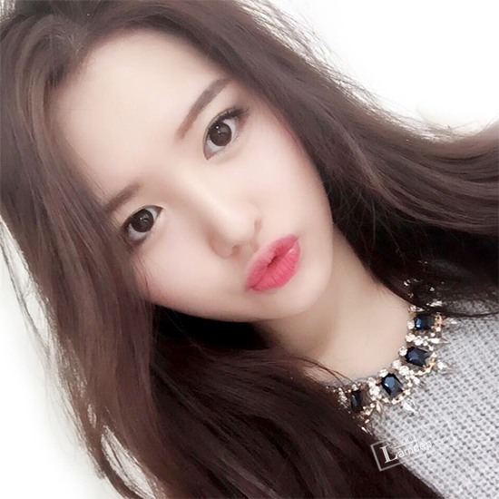 muon-trang-diem-dep-theo-dung-chuan-han-quoc-hay-theo-doi-5-co-nang-beauty-blogger-sau-8