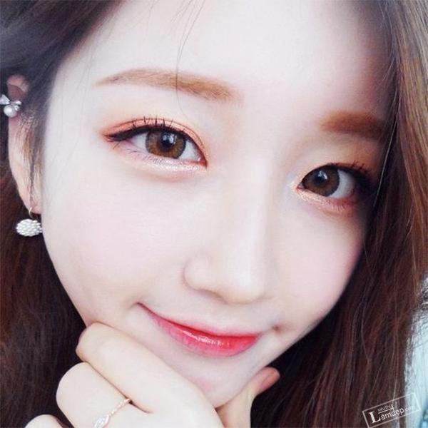 goi-y-5-kieu-makeup-hot-nhat-hien-nay-cho-mua-he-2017-18