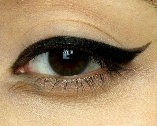 hoc-lom-cac-kieu-ve-eyeliner-han-quoc-hot-nhat-hien-nay-4